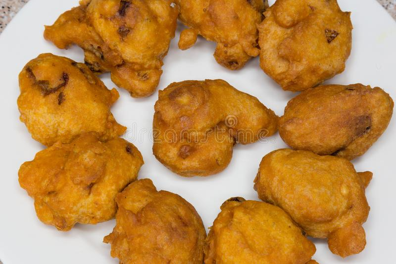 Akara é um alimento de dedo do grampo em Nigéria e na maioria de África ocidental imagens de stock