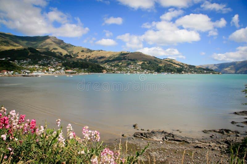 Akaroa Franse Baai dichtbij Christchurch Nieuw Zeeland royalty-vrije stock foto