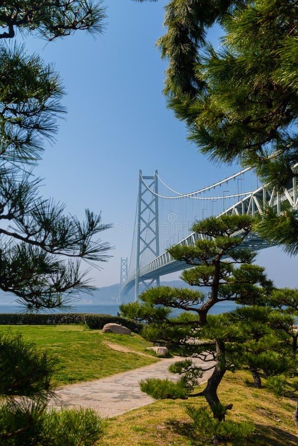 Akashi Kaikyo bro, för upphängningmetall för värld längst bro fotografering för bildbyråer