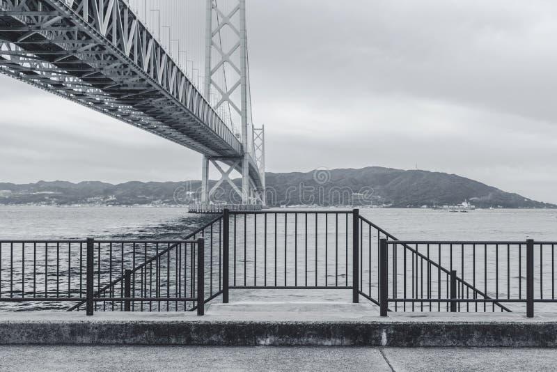 Akashi Kaikyo bro i Kobe arkivfoton