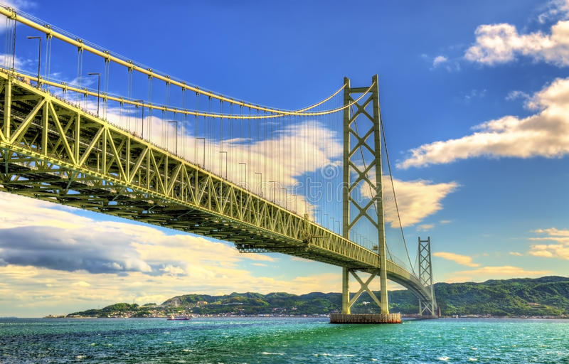 Akashi Kaikyo zawieszenia most w Japonia zdjęcia stock