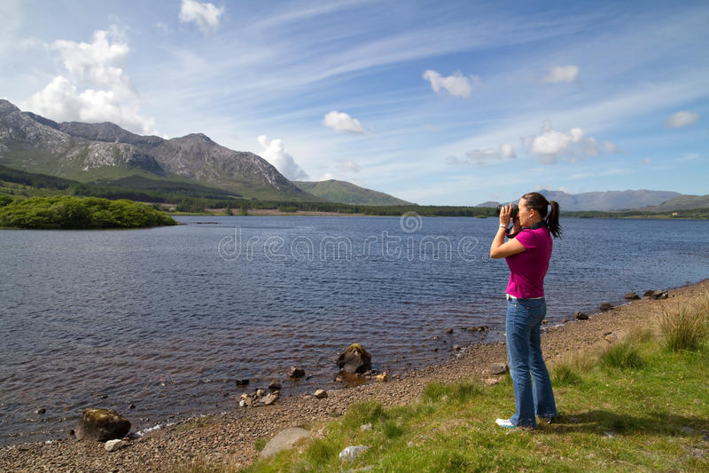 Download Akci fotografa kobiety zdjęcie stock. Obraz złożonej z góra - 14700630