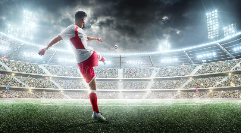 akci piłka nożna Fachowy gracz piłki nożnej kopie piłkę na nocy stadium piłkarski z fan i flagami futbol 3 d fotografia stock