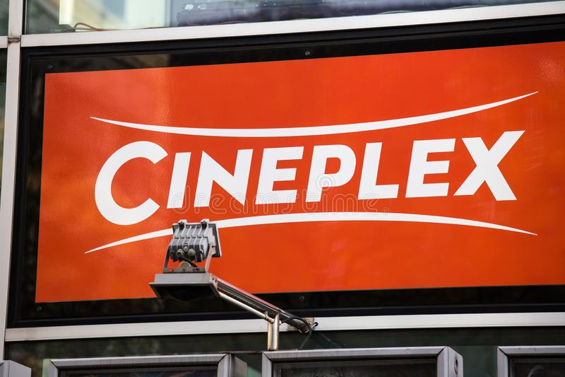 Aken, Noordrijn-Westfalen/Duitsland - 06 11 18: cineplex teken in Aken Duitsland stock foto