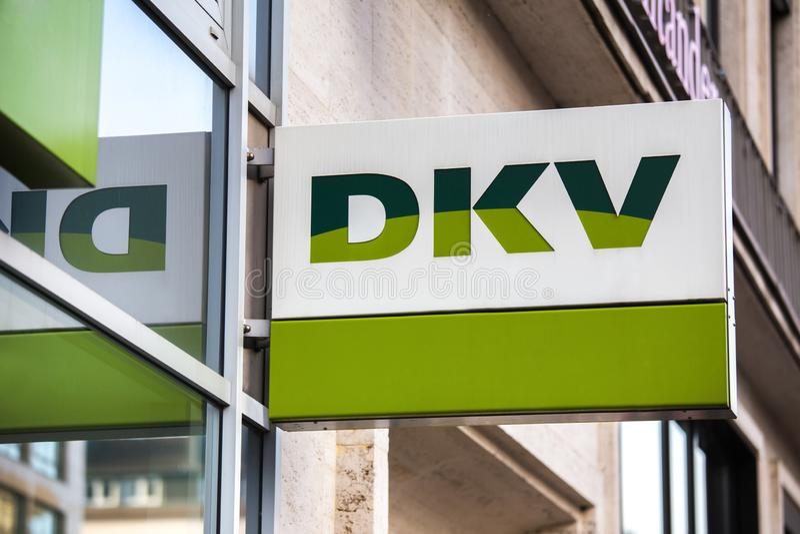 Aken, Noordrijn-Westfalen/Duitsland - 06 11 18: dkv teken in Aken Duitsland royalty-vrije stock fotografie