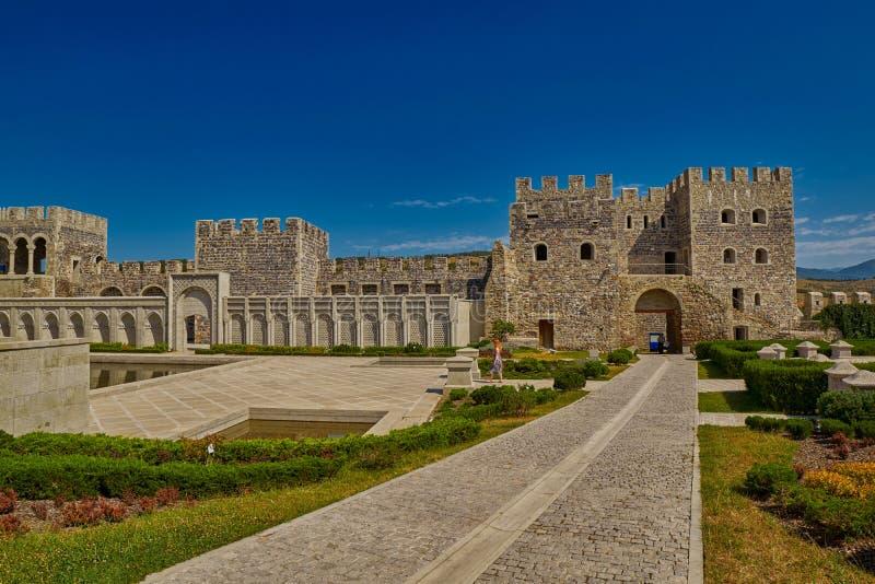 AKHALTSIKHE, GEORGIA - 8 AGOSTO 2017: Comp. famosi del castello di Rabati fotografia stock libera da diritti