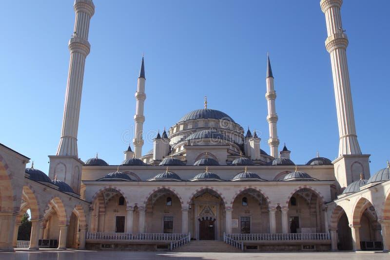 Akhmad Kadyrov Mosque in de stad van Grozny, Tchetchenië stock afbeelding