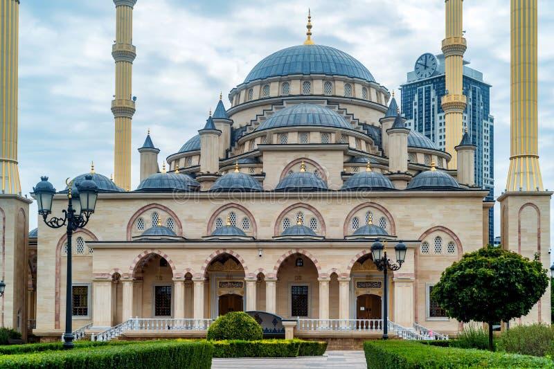 Akhmad Kadyrov Mosque in Grozny, Tchetchenië, Rusland stock afbeelding