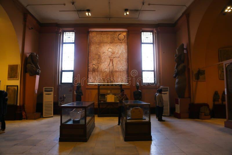 Akhnaten Hall - Kairomuseum royaltyfria bilder