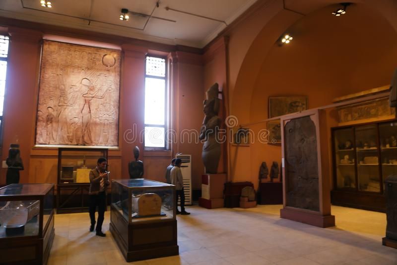 Akhnaten Hall - Kairomuseum royaltyfri foto