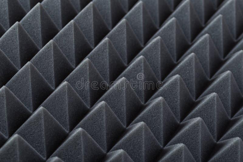 Akoestisch absorberend schuim voor studioopname Piramidevorm stock fotografie