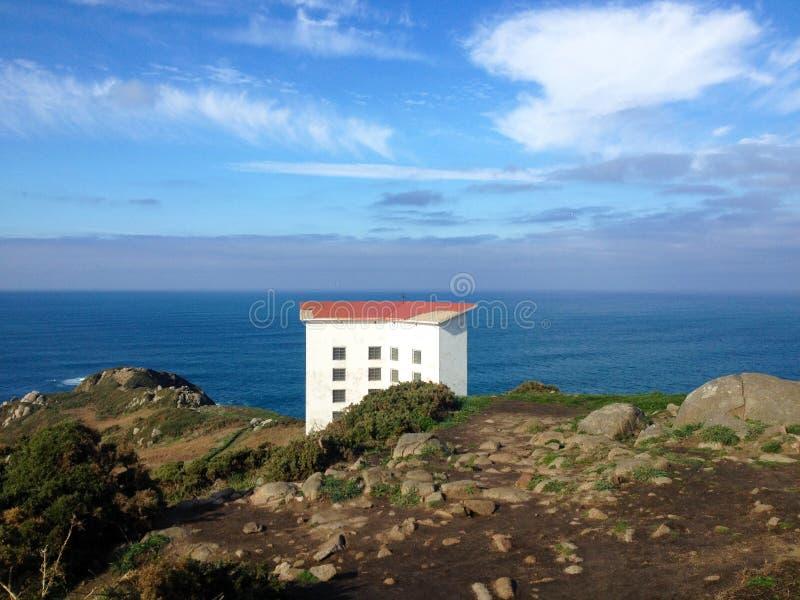 Akoestische sirene van de Estaca DE Bares vuurtoren, een Coruna, Galicië, Noordelijk Spanje stock foto's