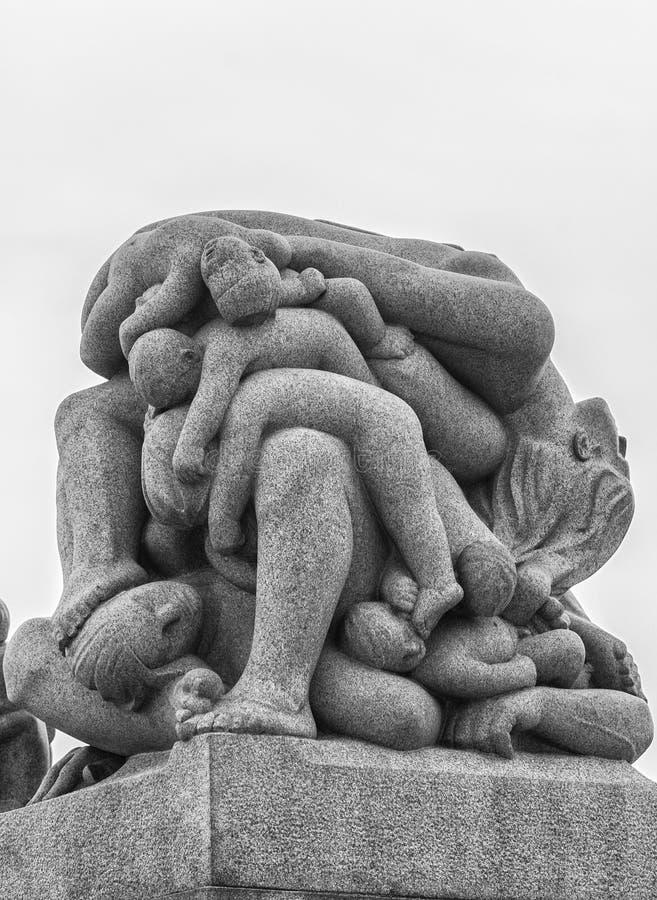 80 212 akrów brązowieją pokrywy tworzącego cech granitowego Gustav Norway Oslo parkowego rzeźb statui vigeland zdjęcia stock