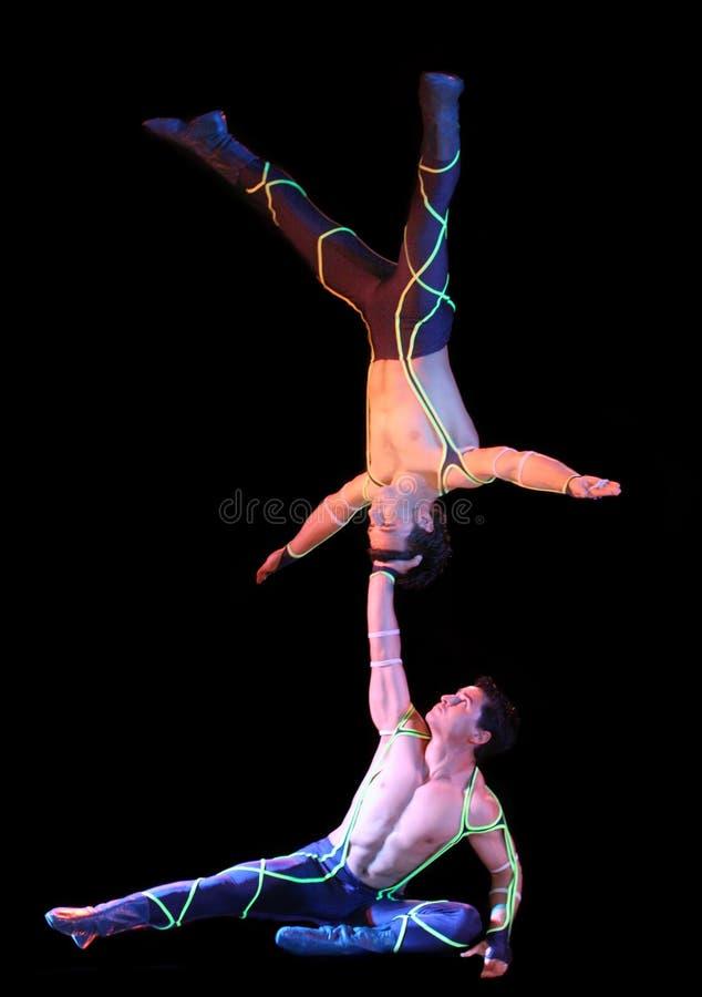 akrobat arkivfoton