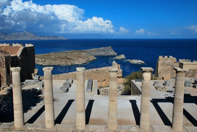 Akropol av Lindos i den Rhodes ön arkivbild