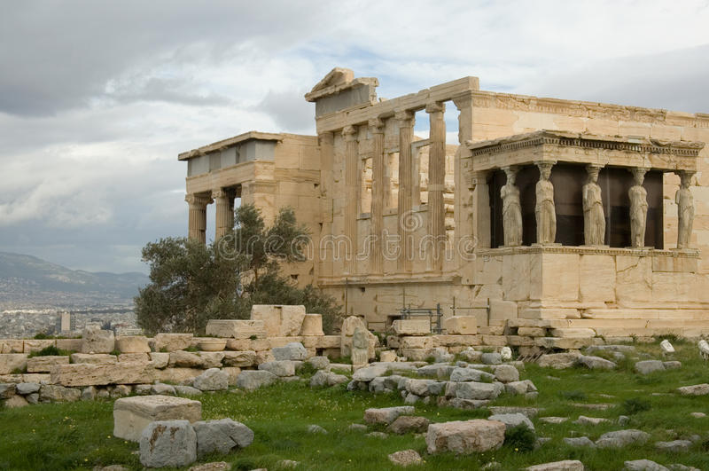 akropolis女象柱erechtheum门廊 免版税库存照片