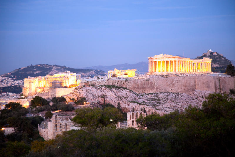 Akropolis Athen nachts lizenzfreies stockbild
