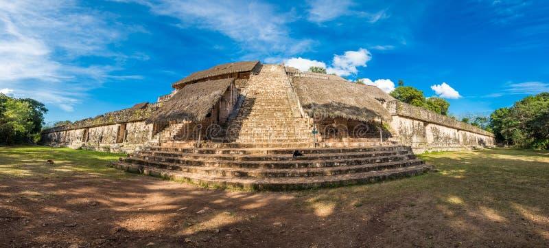 Akropolis, die größte Struktur an Ek-` Balam-Ruinen, Yucatan, ich lizenzfreies stockbild