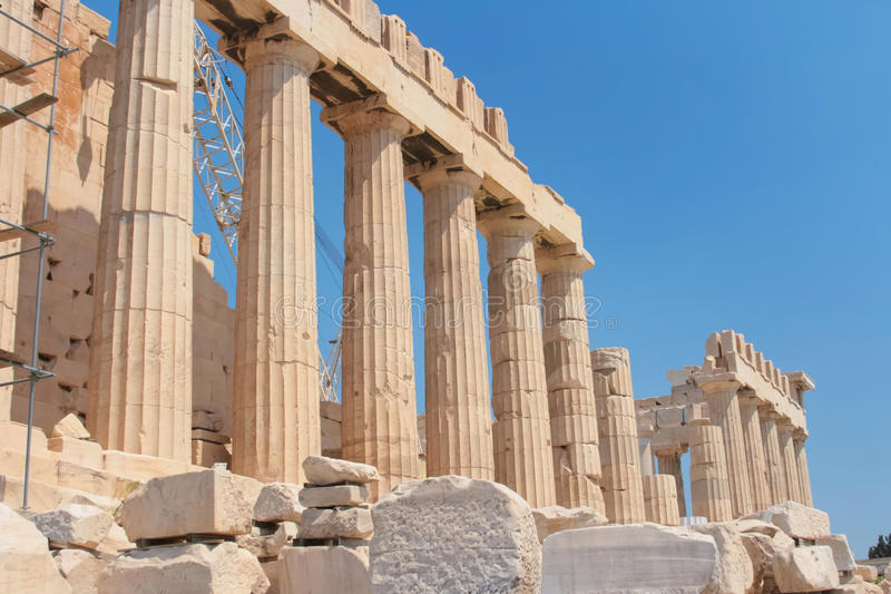 Akropolis ist ein berühmter Platz in Athen stockfotografie
