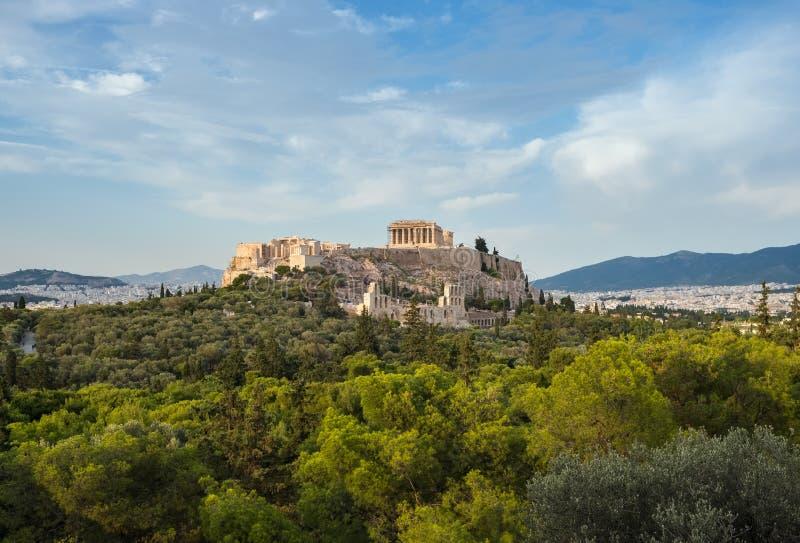 Akropolis mit Parthenon und dem Herodions-Theater Ansicht vom Hügel von Philopappou, Athen lizenzfreie stockfotos