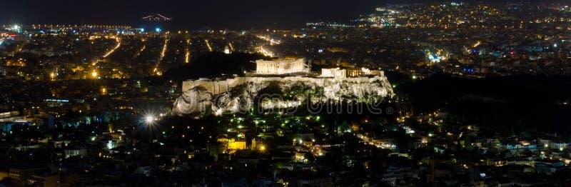 Akropolis von Athen bis zum Nacht lizenzfreie stockbilder