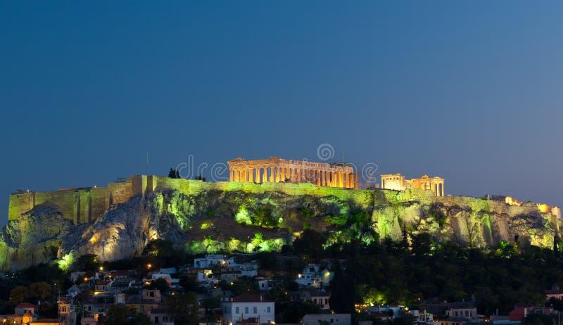AkropolParthenon vid natten, Aten, Grekland royaltyfri fotografi