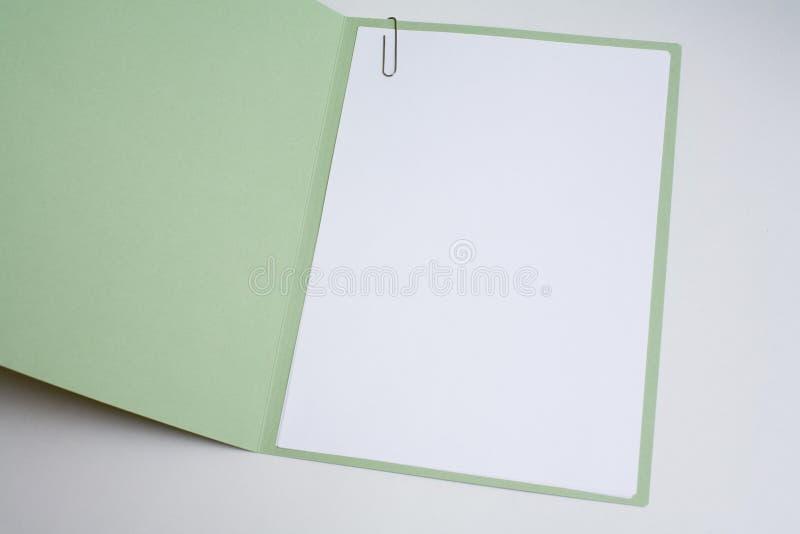 akta ubezpieczeniowej otwarta papierkowa robota zdjęcia stock