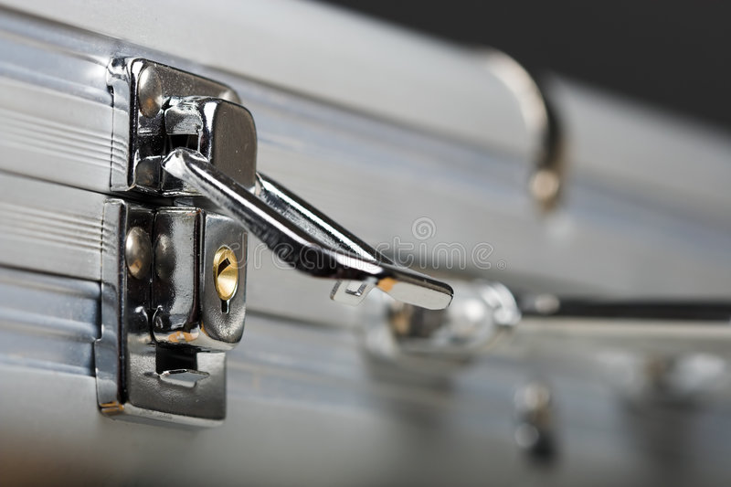 Aktenkoffer mit Verriegelung stockfoto