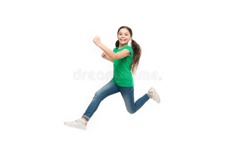Aktiv lek för barn Unge som fångas i rörelse Hur lyft den aktiva ungen, Fritt och fullt av energi Regler som håller ungar arkivbilder