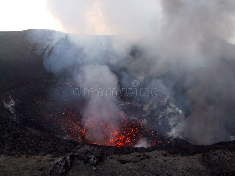 Aktiv vulkan Mt Yasur arkivbilder