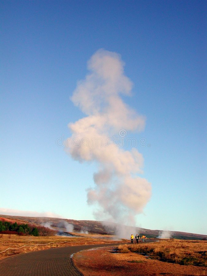Aktive heiße Frühlinge in Island stockfoto