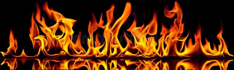 aktivera flammor royaltyfria bilder