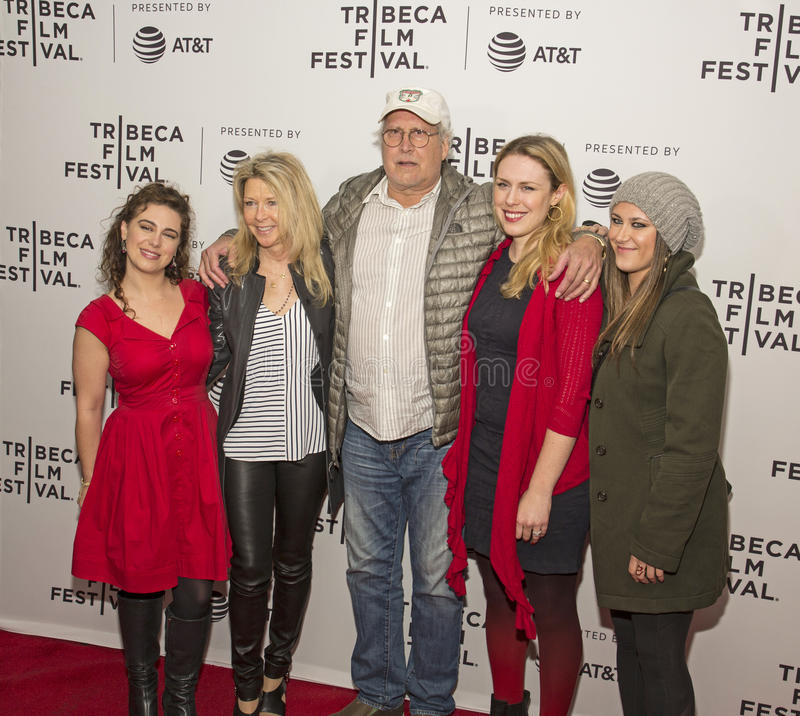 Aktorka Nikki Blonsky Łączy Chevy Chase i rodziny dla ` psa rok ` przesiewania przy 2017 Tribeca Ekranowym festiwalem zdjęcia stock