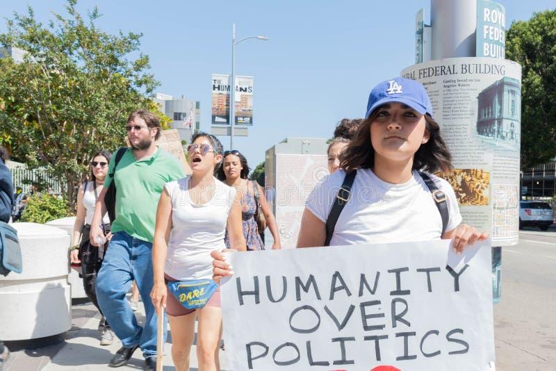 Aktywista trzyma znaka fotografia stock
