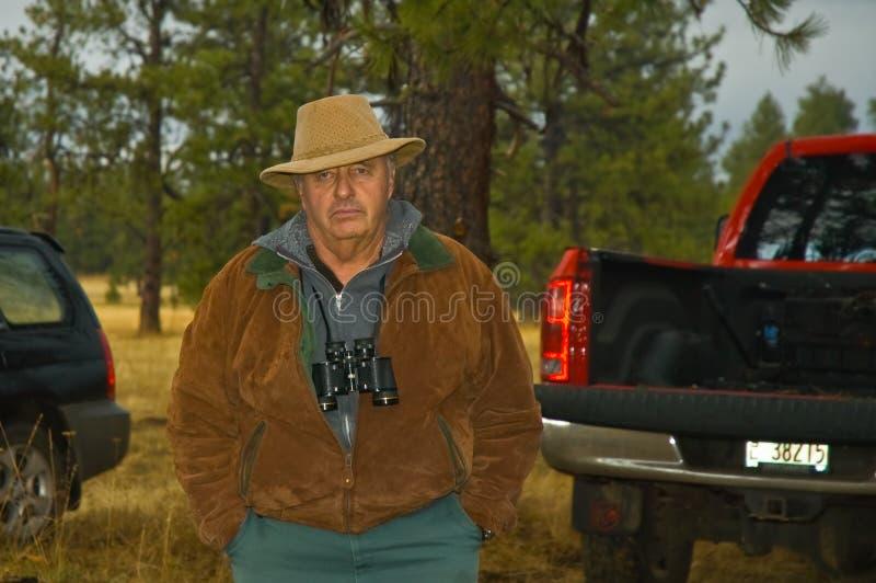 aktywny myśliwego samiec senior zdjęcia royalty free