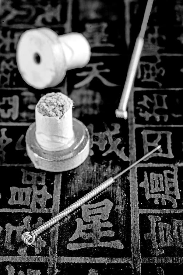 Akupunktur igły i moxibustion rożki zdjęcia royalty free