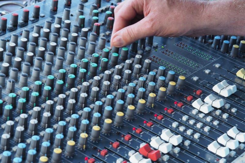 Akustyki konsola gdy nastrajający dźwięka obraz royalty free