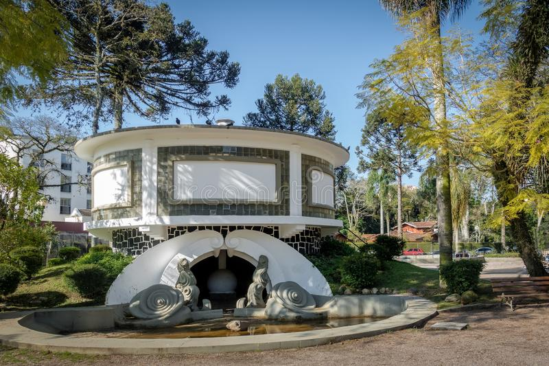 Akvariet på Passeio Publico parkerar - Curitiba, Parana, Brasilien royaltyfri foto