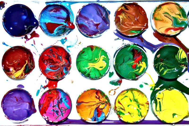Akwareli kolorowa farba mażący pudełko niezobowiązująco mieszany dziecko barwi zdjęcie stock