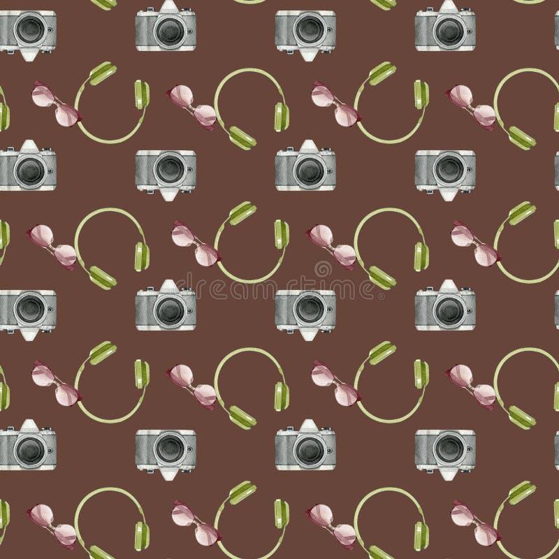 Akwareli mody bezszwowy wzór z wycieczek akcesoriami Fotografii kamera, okulary przeciwsłoneczni, hełmofony na brown tle royalty ilustracja