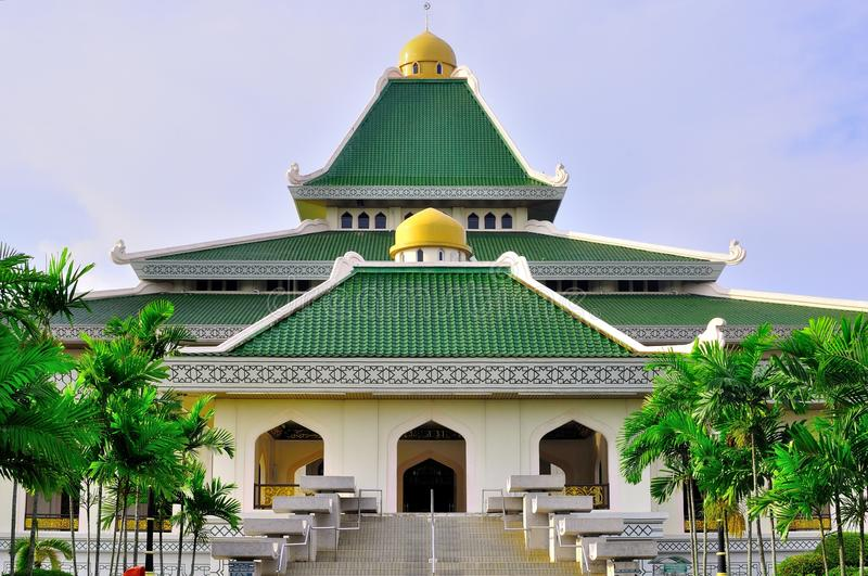 Download Al-adzim mosque in Melaka stock photo. Image of architecture - 20139538