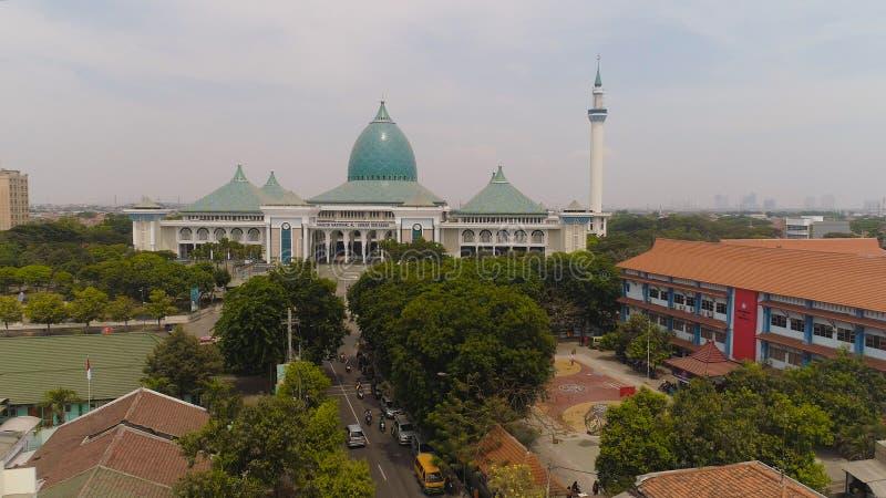 Al Akbar мечети в Сурабая Индонезии стоковое изображение