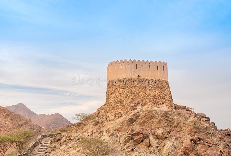 Al Badiyah-Ausblickturm lizenzfreie stockfotos