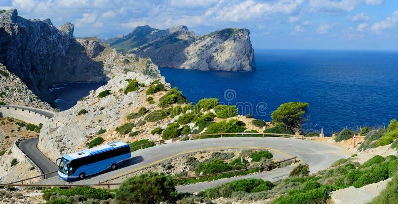 Al casquillo Formentor en autobús imagenes de archivo