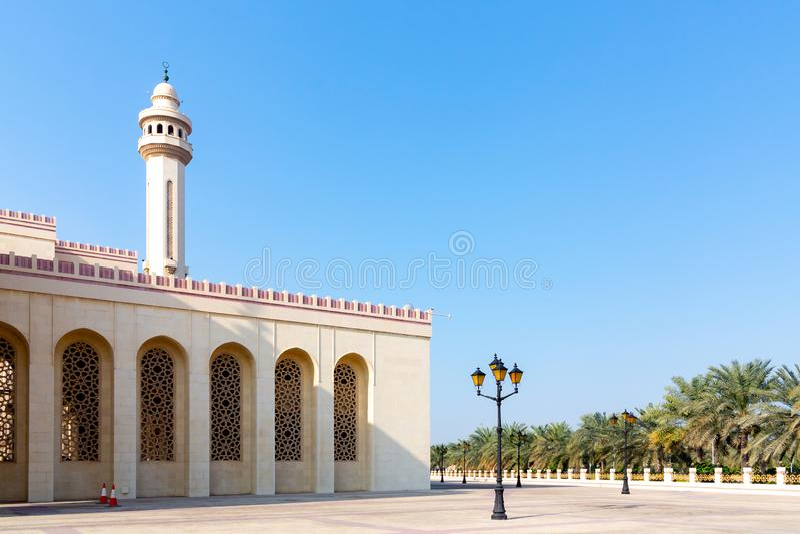 Al-Fatih μεγάλο μουσουλμανικό τέμενος σε Manama, η πρωτεύουσα του Μπαχρέιν στοκ εικόνες