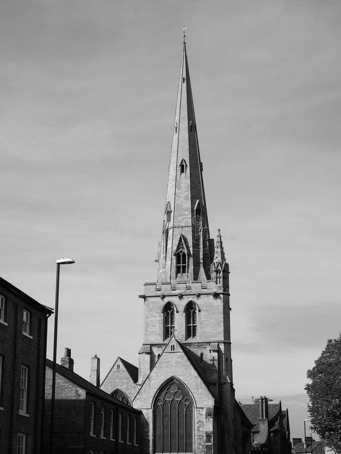 Al Heiligenkerk in Cambridge in zwart-wit stock afbeeldingen