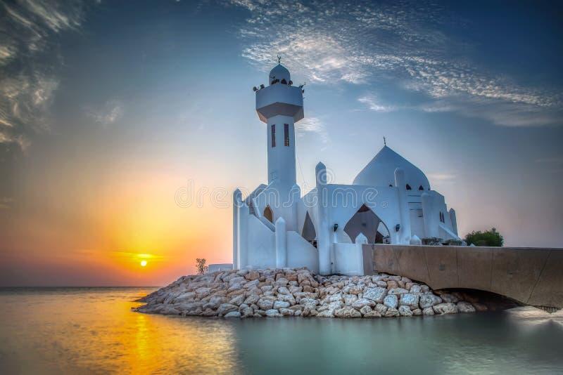 Al Khobar Corniche Mosque Sunrise bonito - saudita Arábia fotografia de stock