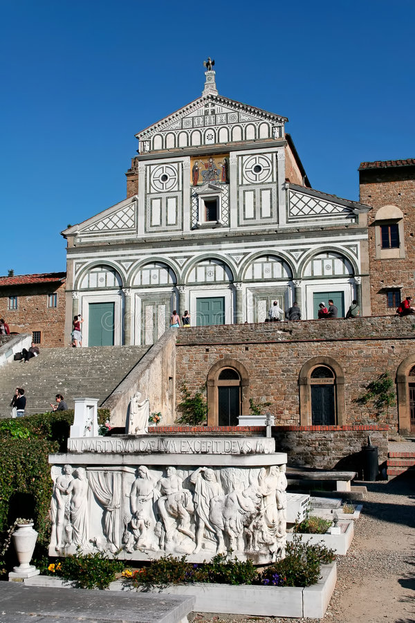Al Monte de Florence, Toscane, Italie - de San Miniato et cimetière image libre de droits