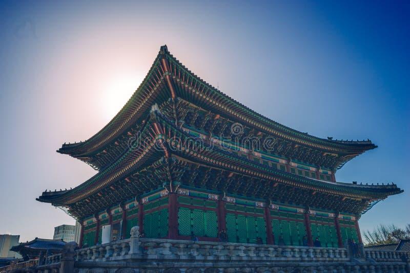 Al palazzo di Gyeongbokgung fotografia stock libera da diritti