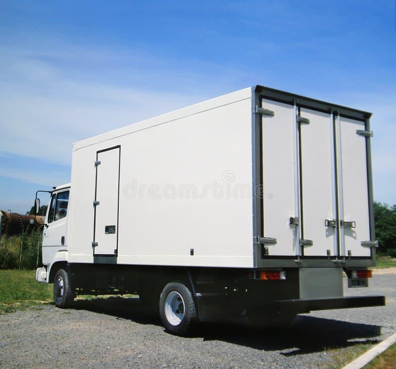 Al witte vrachtwagen klaar voor het brandmerken stock afbeeldingen